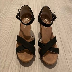 Toms Sofie Strappy Wedges❤️